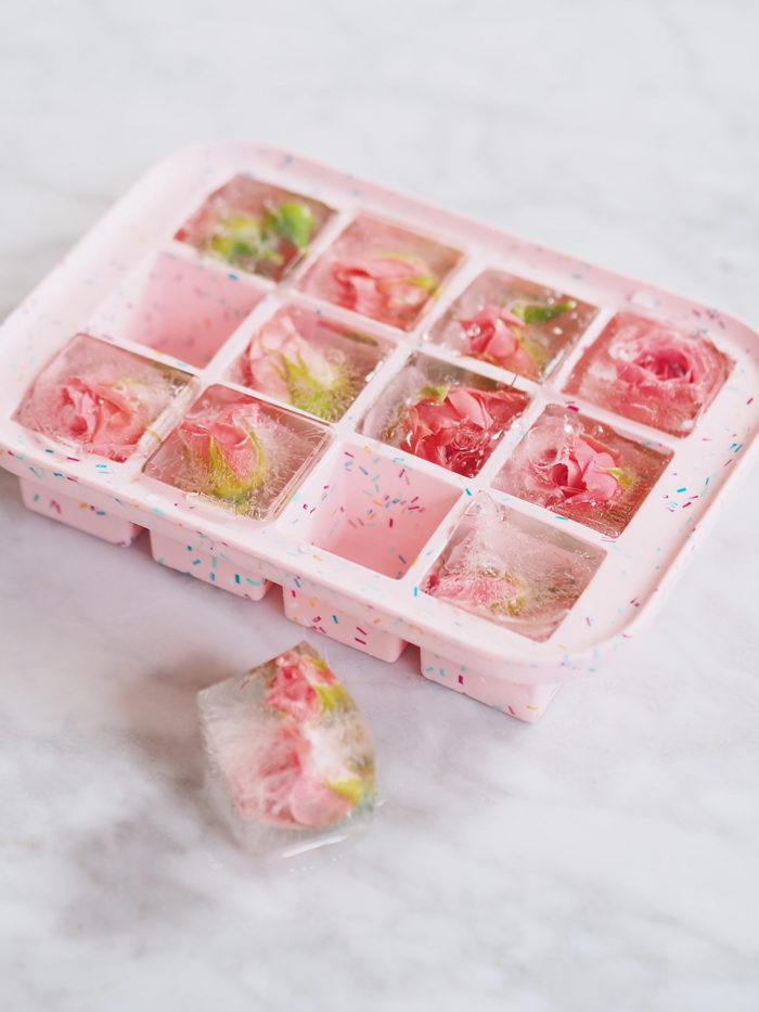 W&P ice tray pink